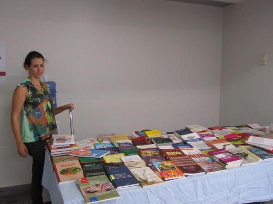 Exposição e venda de livros