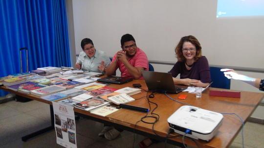 Profª Márcia dos Santos Ferreira (UFMT) e Mestrando Jefferson (UFMT) e Profª Maria Emilia (UFG)
