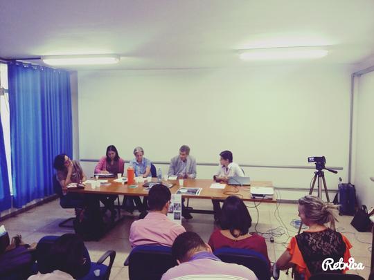 Apresentação de pesquisa - Experiência de Documentação e Referência em EJA e Educação popular: Profº Timothy Ireland (UFPB)